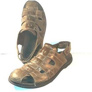 Men's Clarks Leather Cove Fisherman Sandals